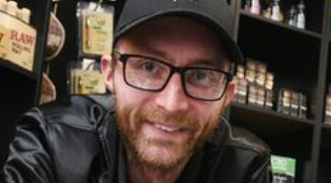 Les accusations de drogue abandonnées contre l'homme d'affaires de Plymouth qui vendait des produits CBD