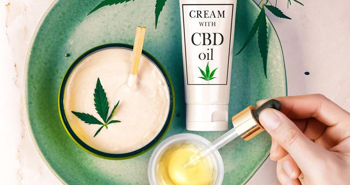 Tout sur les soins de la peau au CBD – 10 meilleurs produits de soins de la peau au CBD de 2021