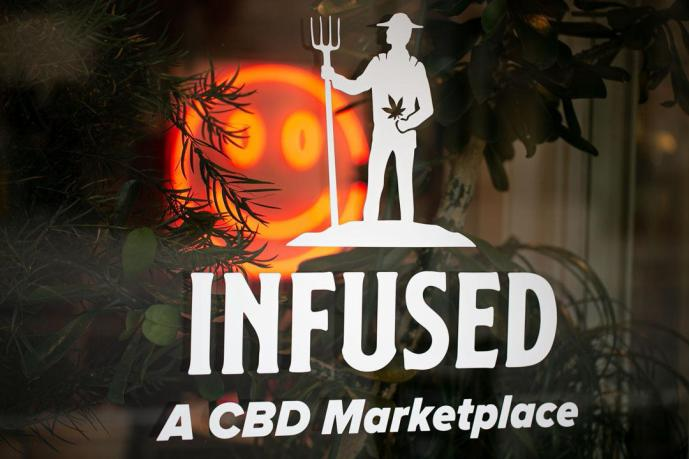 Infused, un marché CBD – Edgewater Echo