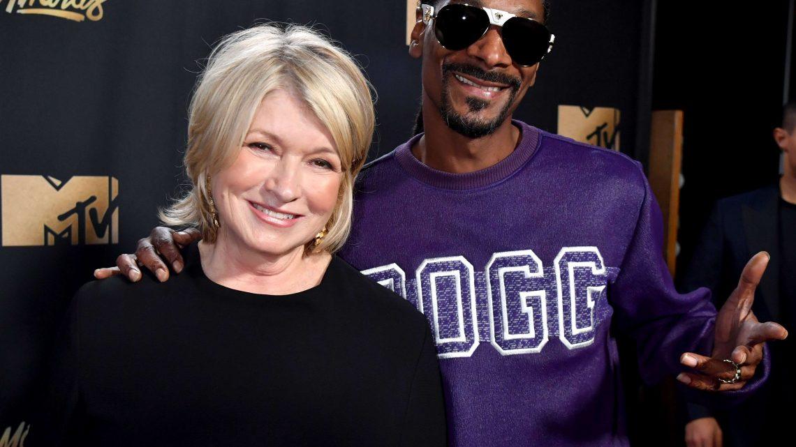 Martha Stewart dit que sa nouvelle ligne CBD a été inspirée par l'amour de son ami Snoop Dogg pour le cannabis