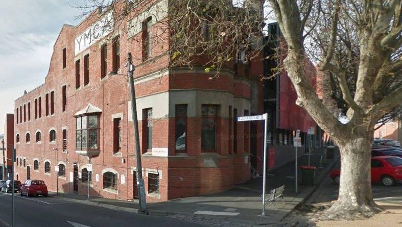 Traquer un attaquant de fin de nuit après l'attaque de Ballarat CBD  Le Courrier