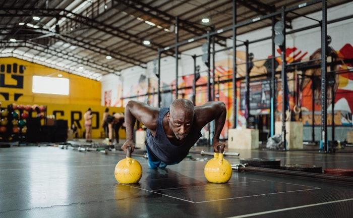 Comment le CBD peut-il bénéficier à votre routine de remise en forme?