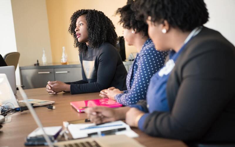 Comment les femmes changent les industries des STIM et du cannabis