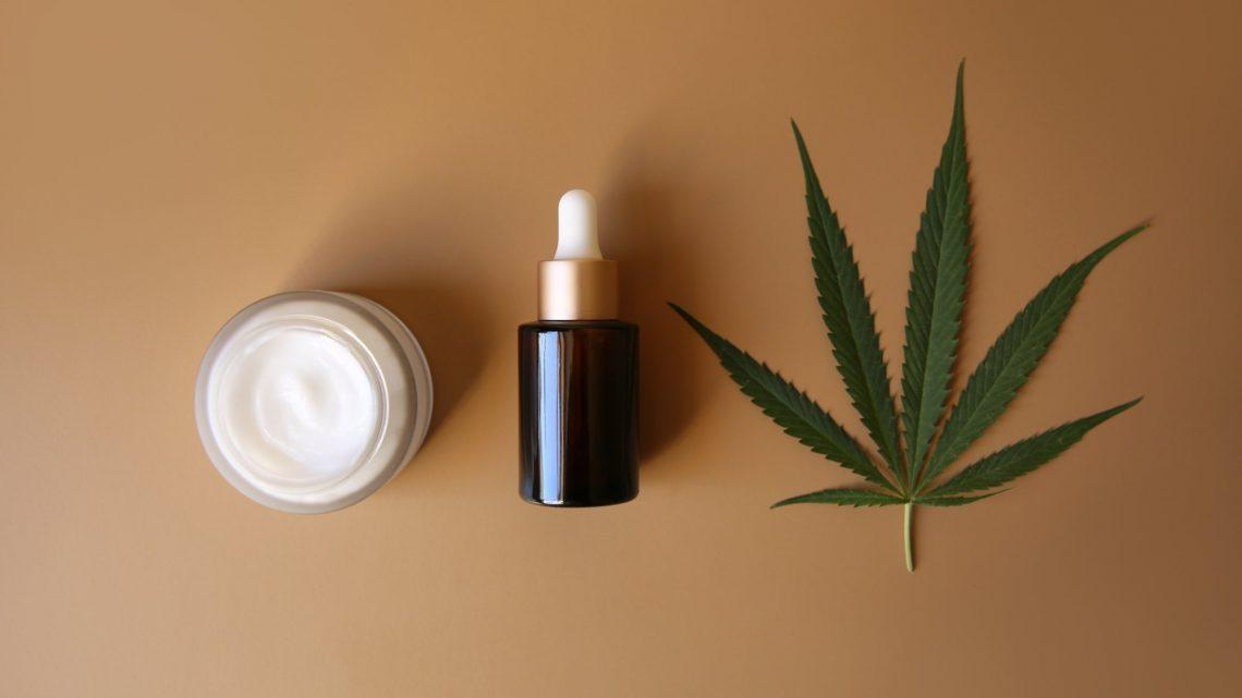 Pourquoi la Californie a-t-elle discrètement interdit les cosmétiques CBD ?