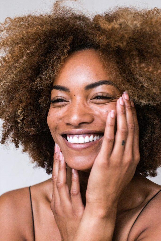 CBD et santé des femmes : faits et avantages