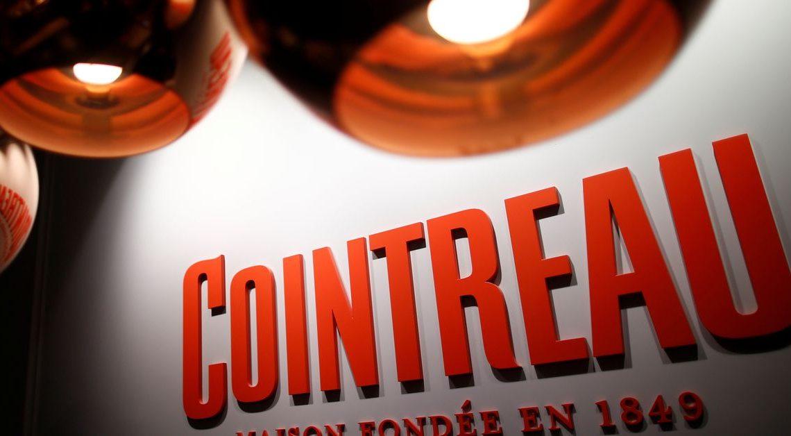 Cointreau poursuit le fabricant de boissons au CBD 'Quatreau' pour des marques de commerce