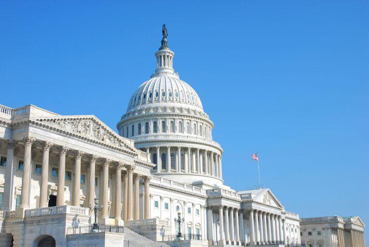 Le projet de loi sur la légalisation du cannabis présenté par Chuck Schumer comprend des dispositions sur la réglementation de la CDB