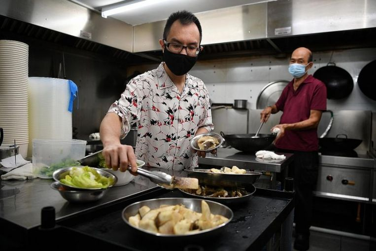 Les restaurants repensent les emplacements dans le CBD, Orchard Road alors que le travail à domicile devient la norme, Jobs News & Top Stories
