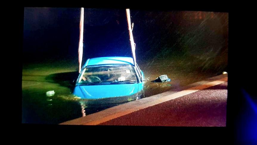 Un homme inculpé après avoir prétendument conduit une voiture dans un groupe de personnes dans le CBD de Perth