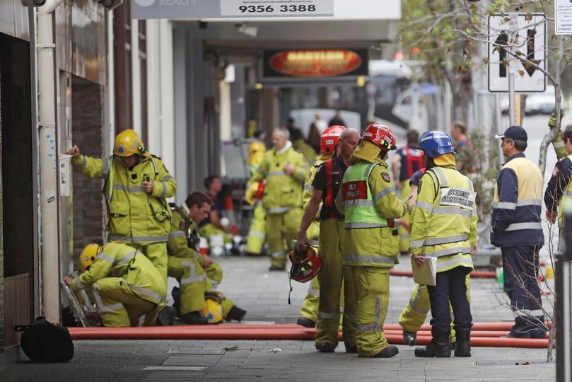 Images de la scène de l'incendie du CBD.