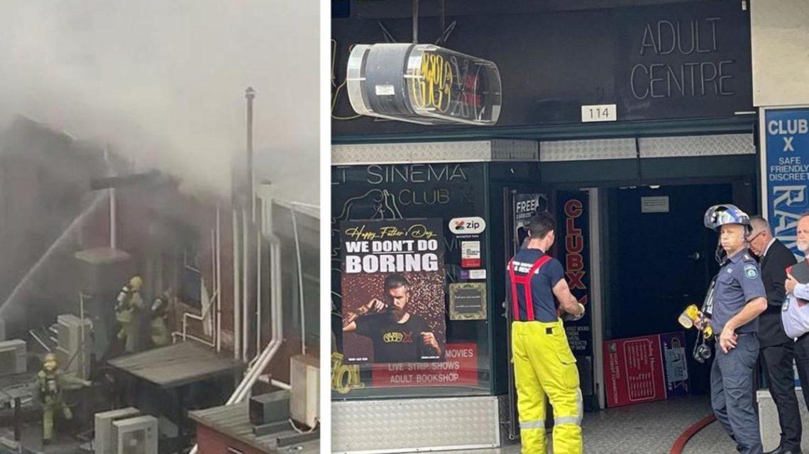 Incendie de Perth CBD: une personne sauvée d'un bâtiment en feu alors que les équipes de pompiers se démènent pour éteindre l'incendie qui fait rage