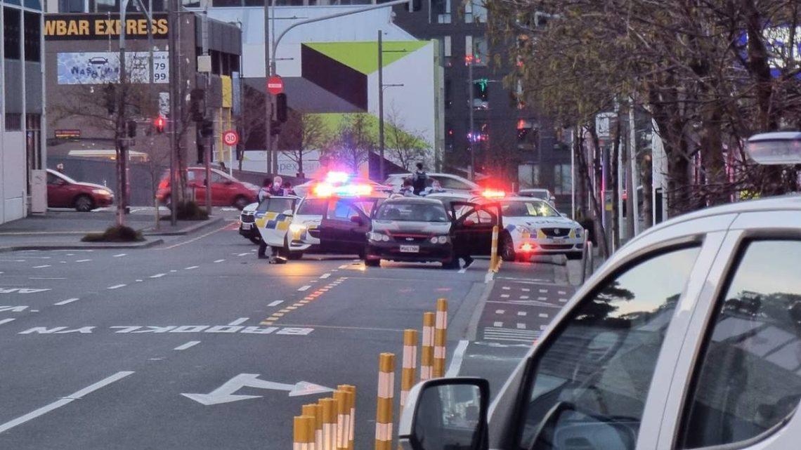 La police localise des armes à feu volées et des arrestations spectaculaires effectuées dans le CBD de Wellington