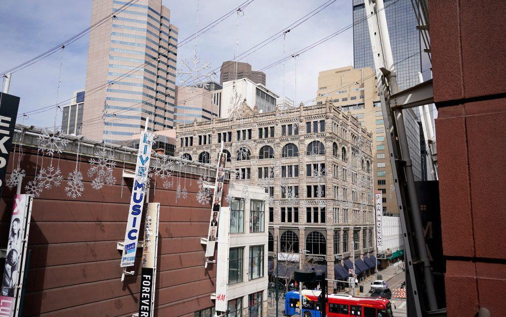 Quartier central des affaires, Upper Downtown, UpDo?  Quel est le nom du noyau de Denver ?